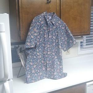Reyn Spooner shirt sleeve button down shirt.